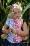 Nosidełko dla lalek z tkaniny chustowej - JASKÓŁKI TĘCZOWE LIGHT