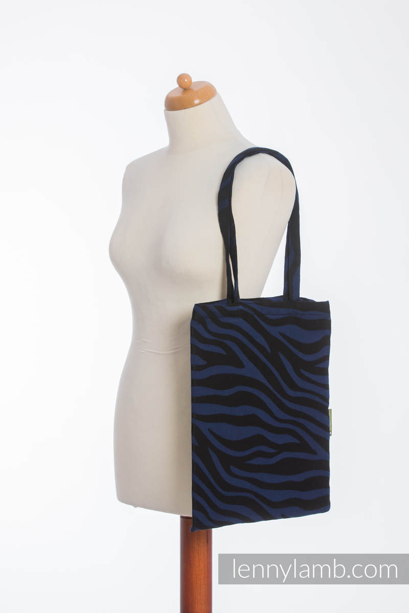 einkaufstasche hergestellt aus gewebtem stoff 100 baumwolle zebra schwarz dunkelblau. Black Bedroom Furniture Sets. Home Design Ideas