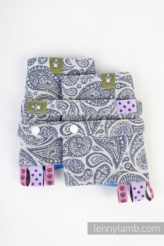 Drool Pads & Reach Straps Set, (60% cotton, 40% polyester) - PAISLEY NAVY BLUE & CREAM #babywearing