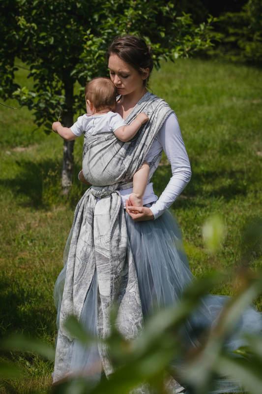 Baby Wrap, Jacquard Weave (60% cotton, 40% linen) - LINEN GALLEONS BLACK & CREAM - size L #babywearing