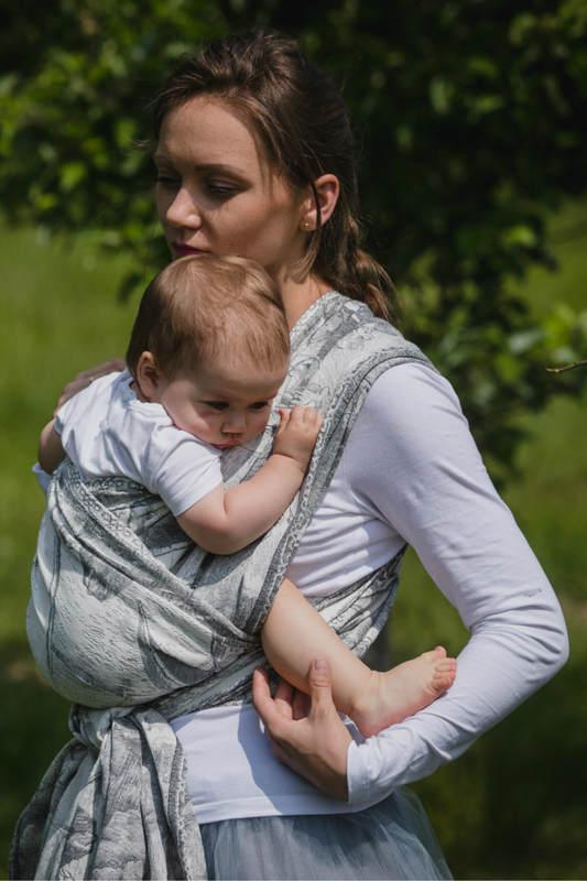 Baby Wrap, Jacquard Weave (60% cotton, 40% linen) - LINEN GALLEONS  BLACK & CREAM - size XS #babywearing