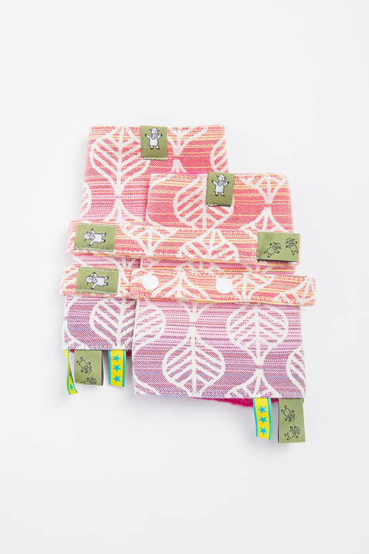 Drool Pads & Reach Straps Set, (60% cotton, 40% polyester) - TULIP PETALS #babywearing