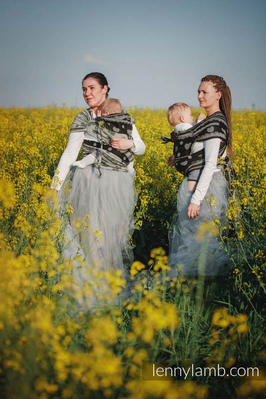 WRAP-TAI Tragehilfe Toddler mit Kapuze/ Jacquardwebung / 100% Baumwolle / GLAMOROUS LACE #babywearing