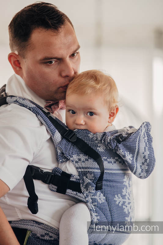 Ergonomic Carrier, Baby Size, jacquard weave 80% cotton, 20% merino wool - WARM HEARTS NAVY BLUE & WHITE, Second Generation #babywearing