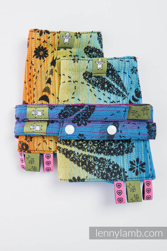Drool Pads & Reach Straps Set, (60% cotton, 40% polyester) - DRAGONFLY RAINBOW DARK  #babywearing