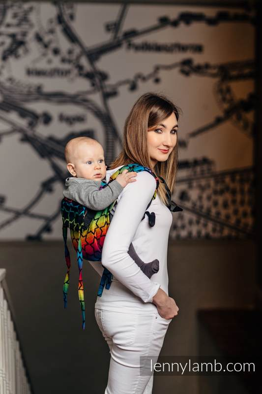 Lenny Buckle Onbuhimo baby carrier, standard size, jacquard weave (100% cotton) - RAINBOW STARS DARK #babywearing