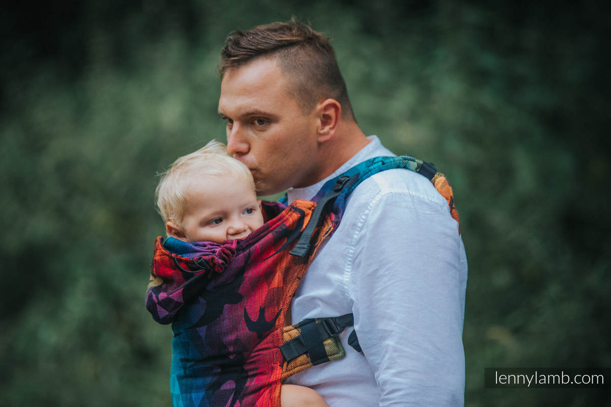 Ergonomic Carrier, Baby Size, jacquard weave 100% cotton - SWALLOWS RAINBOW DARK - Second Generation #babywearing