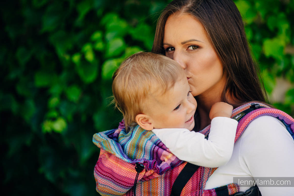 Nosidełko Ergonomiczne , splot jodełkowy, 100% bawełna , Baby Size, MAŁA JODEŁKA MALINOWY OGRÓD - Druga Generacja #babywearing