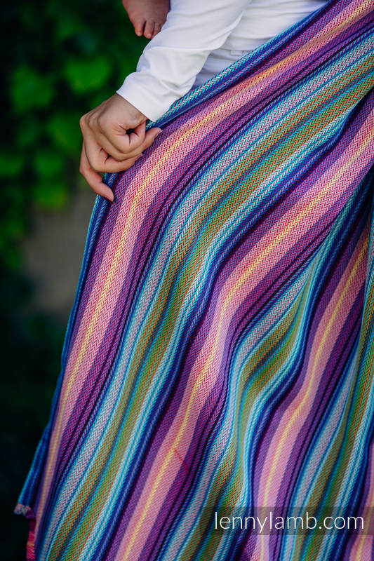Baby Wrap, Herringbone Weave (100% cotton) - LITTLE HERRINGBONE RASPBERRY GARDEN - size XL #babywearing