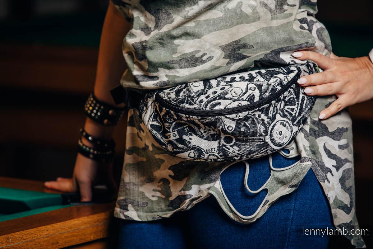 Waist Bag made of woven fabric, (100% cotton) - CLOCKWORK  #babywearing