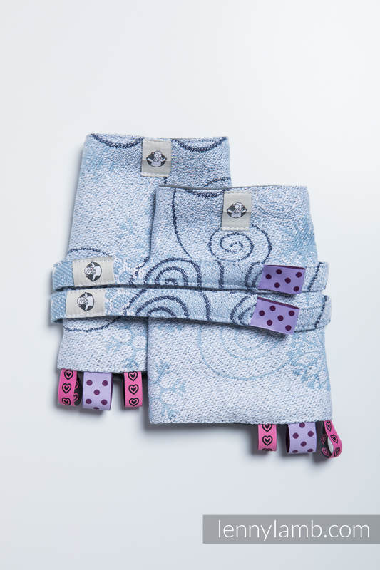 Drool Pads & Reach Straps Set, (60% cotton, 40% polyester) - WINTER PRINCESSA  #babywearing