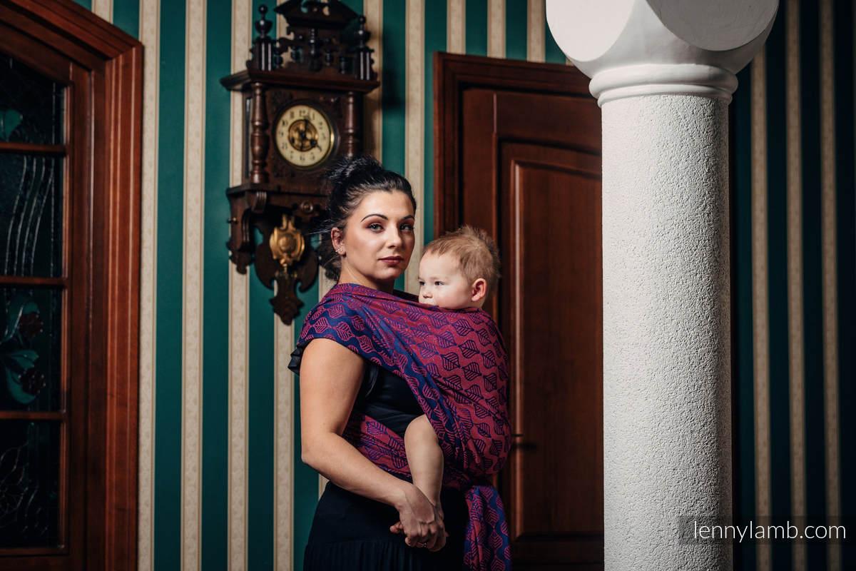 Baby Wrap, Jacquard Weave (60% cotton, 36% merino wool, 4% metallised yarn) - AMARYLLIS PETALS - size M #babywearing