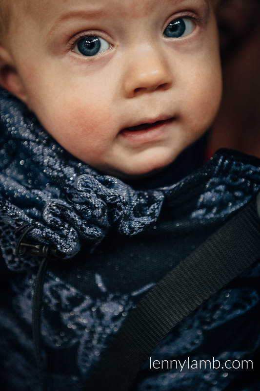 Ergonomic Carrier, Baby Size, jacquard weave, 96% cotton, 4% metallised yarn - QUEEN OF THE NIGHT - Second Generation #babywearing