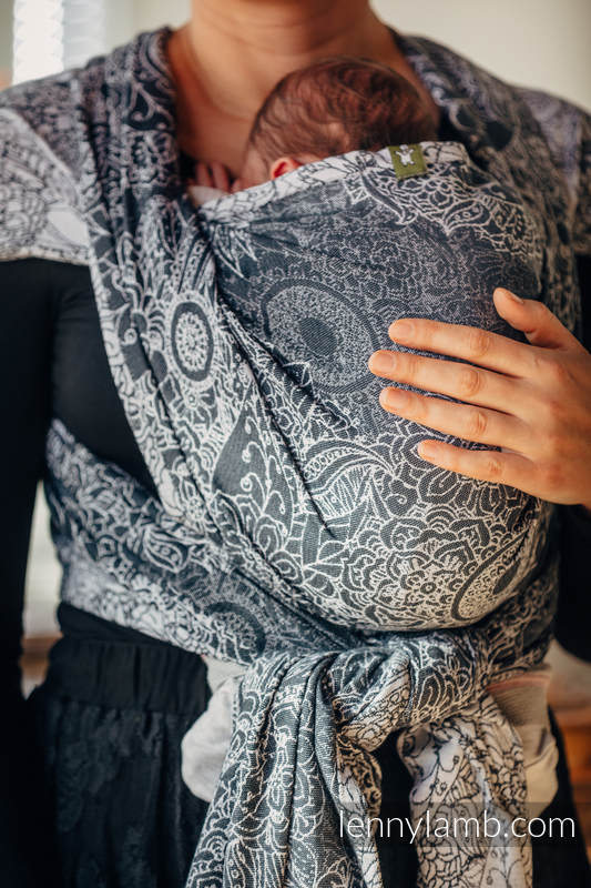 Baby Wrap, Jacquard Weave (100% cotton) - WILD WINE  GREY & WHITE - size XS #babywearing