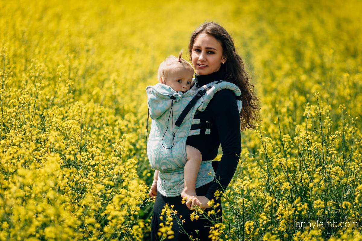 Ergonomic Carrier, Toddler Size, jacquard weave - (76%cotton, 12%linen, 7%silk, 5%baby alpaca) - TWISTED LEAVES BREATH OF SUMMER - Second Generation #babywearing
