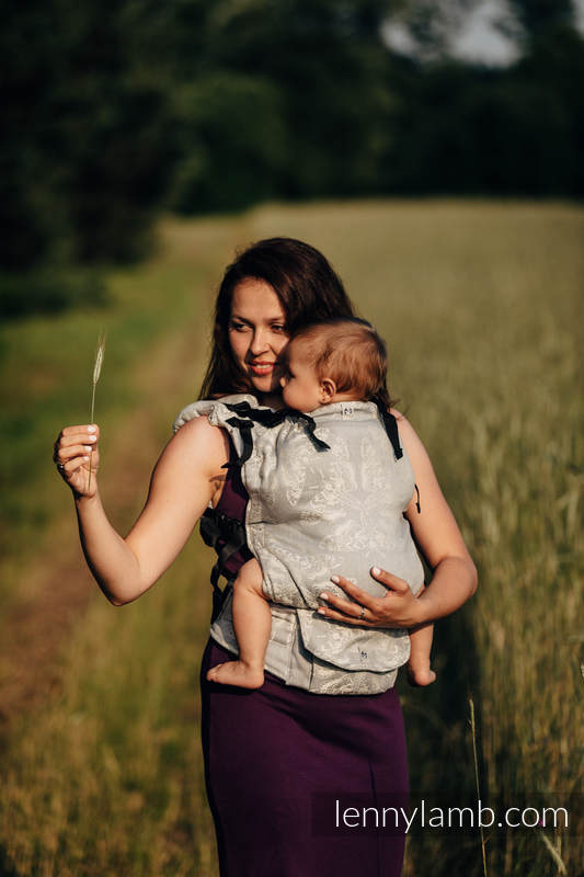 LennyUp Carrier, Standard Size, jacquard weave (65% cotton, 35% linen) - QUEEN OF THE NIGHT - ONLY SILENCE #babywearing