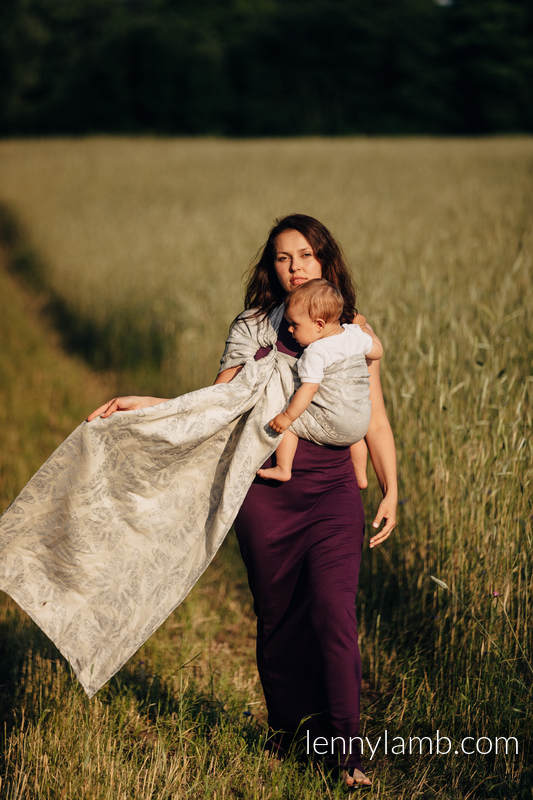 Ringsling, Jacquard Weave, with gathered shoulder (65% cotton, 35% linen) - QUEEN OF THE NIGHT - ONLY SILENCE #babywearing