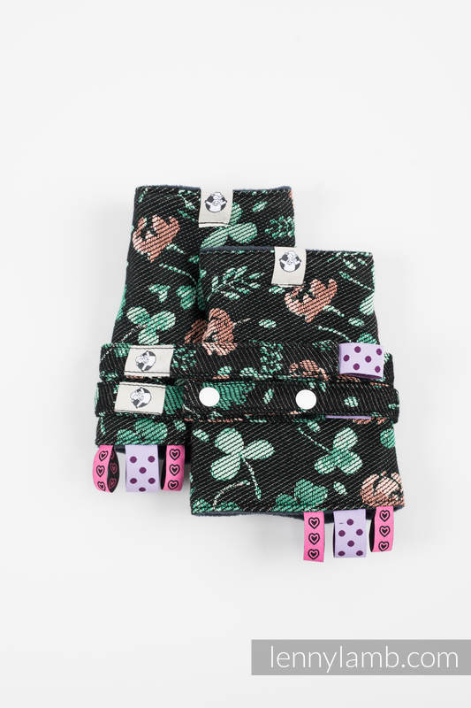 Drool Pads & Reach Straps Set, (60% cotton, 40% polyester) - KISS OF LUCK #babywearing