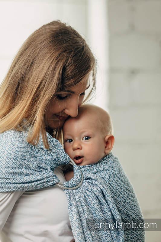 Moja druga chusta kółkowa do noszenia dzieci - LITTLE LOVE - SKY BLUE, splot żakardowy - bawełniana - ramię bez zakładek #babywearing