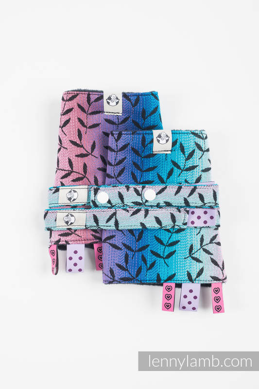 Drool Pads & Reach Straps Set, (60% cotton, 40% polyester) - ENCHANTED NOOK  #babywearing