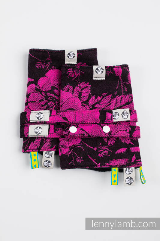 Drool Pads & Reach Straps Set, (60% cotton, 40% polyester) - RETRO 'N' ROSES #babywearing