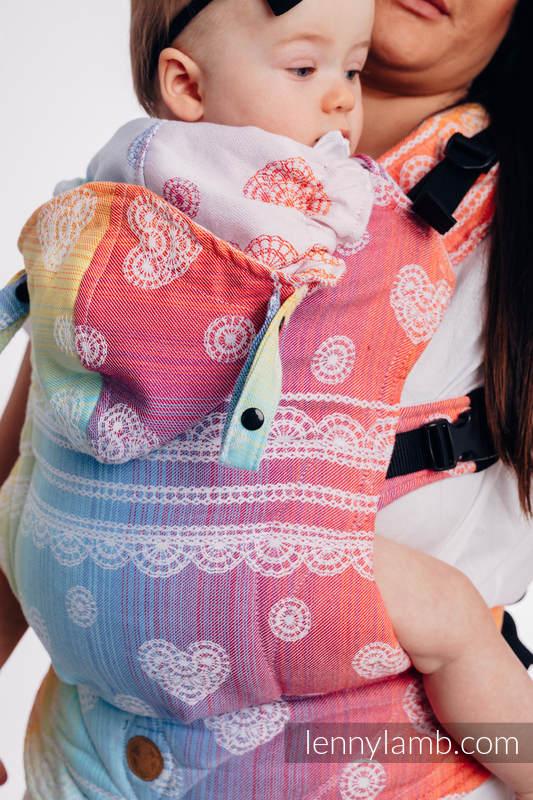 LennyGo Ergonomische Tragehilfe, Größe Baby, Jacquardwebung, 100% Baumwolle - RAINBOW LACE #babywearing