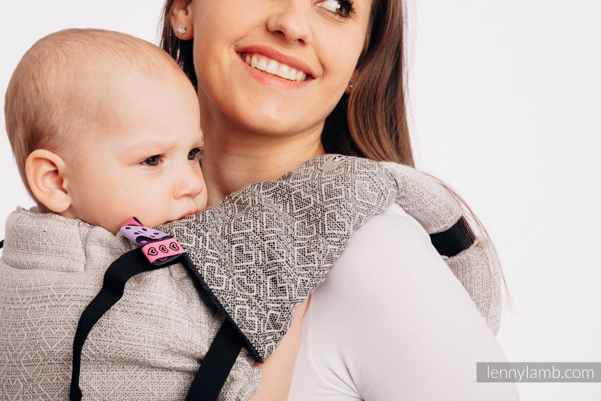 Drool Pads & Reach Straps Set, (60% cotton, 40% polyester) - BIG LOVE - OMBRE BEIGE #babywearing