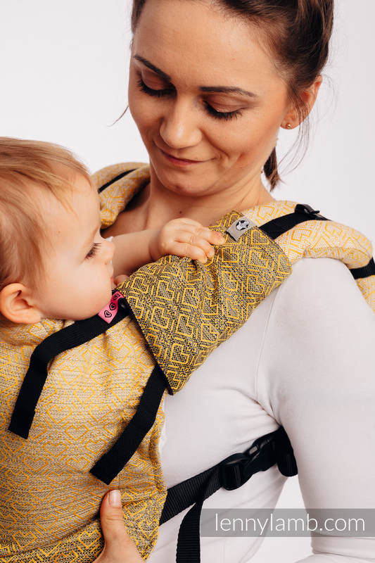 LennyUp Carrier, Standard Size, jacquard weave 100% cotton - BIG LOVE - OMBRE YELLOW #babywearing