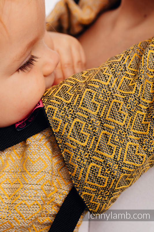 Drool Pads & Reach Straps Set, (60% cotton, 40% polyester) - BIG LOVE - OMBRE YELLOW #babywearing