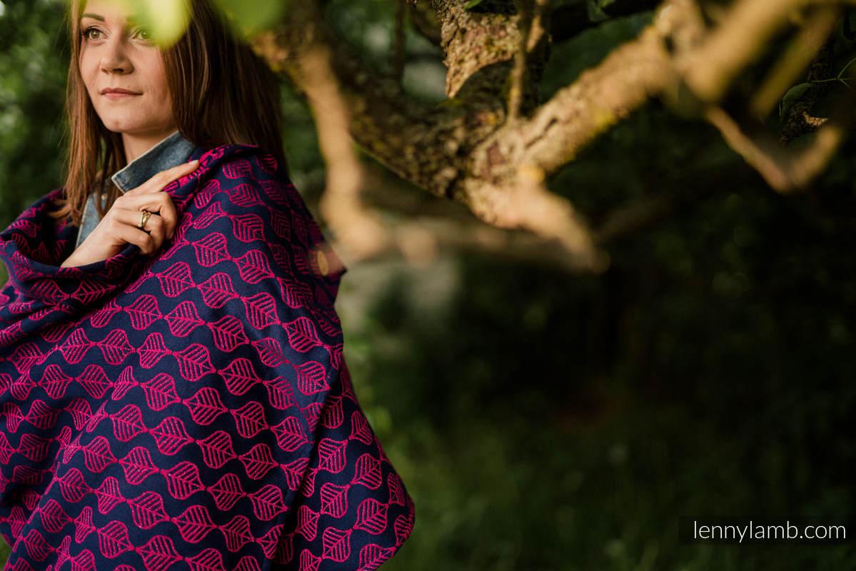 Schal von Tragetuchgewebe (60% Baumwolle, 36% Merinowolle, 4% metallisiertes Garn) - AMARYLLIS PETALS #babywearing