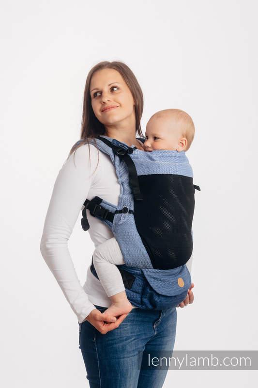 LennyUpGrade Mesh-Tragehilfe, Größe Standard, Fischgrätmuster, 75% Baumwolle, 25% Poliester - LITTLE HERRINGBONE OMBRE BLUE #babywearing