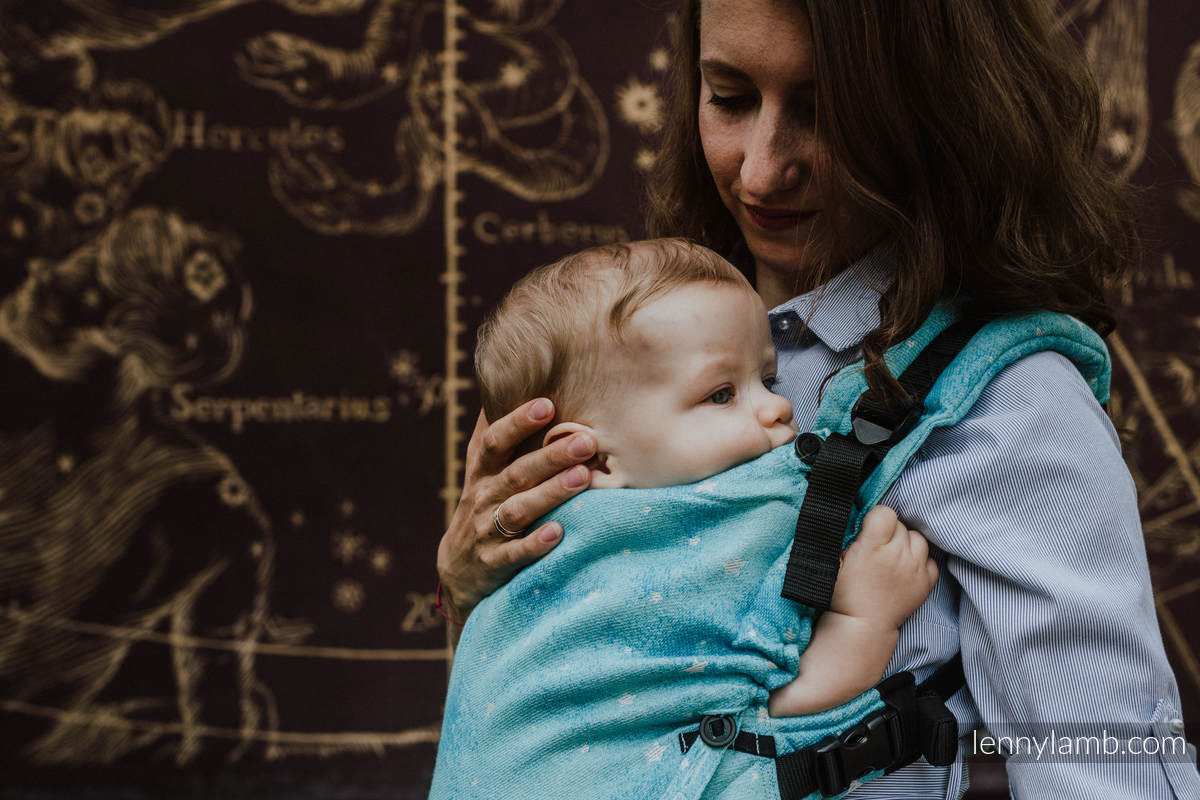 Nosidełko LennyUpGrade z tkaniny żakardowej 96% bawełna, 4% przędza metalizowana, rozmiar standard - MIGOCZĄCE GWIAZDY - PERSEIDY #babywearing