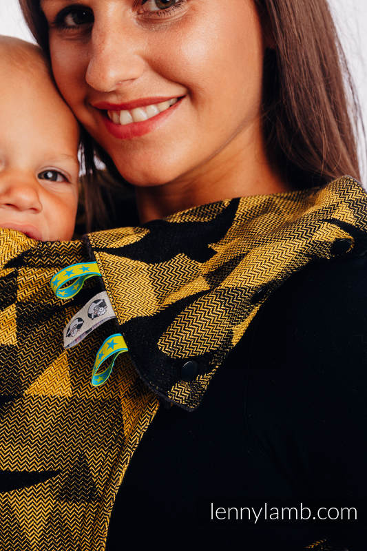 Drool Pads & Reach Straps Set, (Outer fabric - 96% cotton, 4% metallised yarn; Lining - 100% polyester) - SWALLOWS BLACK GOLD #babywearing