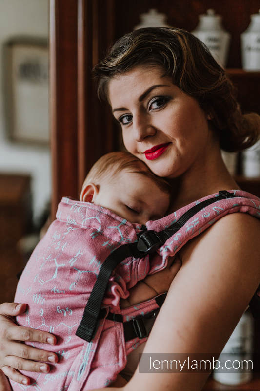 LennyUpGrade Carrier, Standard Size, jacquard weave (47% cotton, 37% linen, 16%  silk) - LOVE HORMONES - PINK RIVER #babywearing
