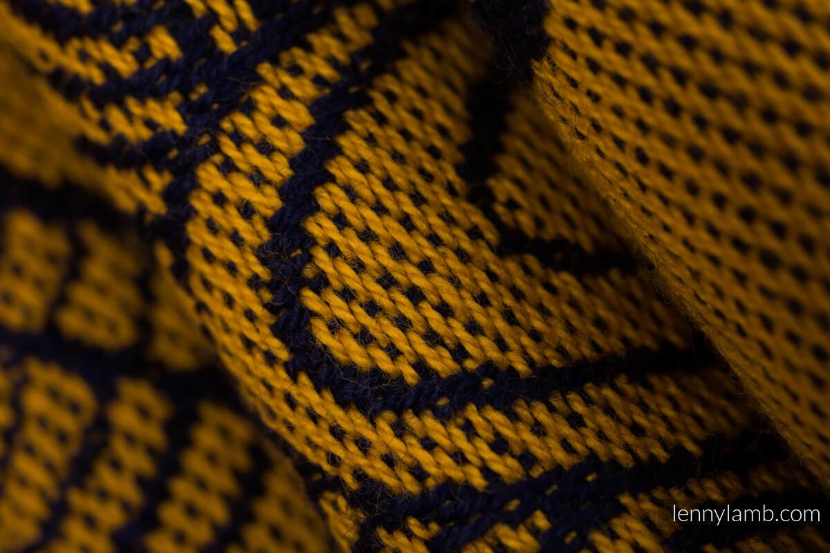 Nosidełko Ergonomiczne LennyGo z tkaniny żakardowej 100% bawełna , rozmiar Baby - POD LIŚCIEM - ZŁOTA JESIEŃ #babywearing