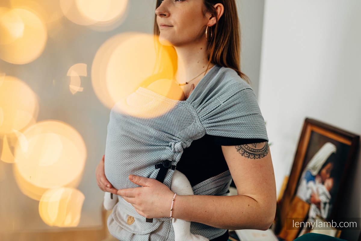LennyHybrid Half Buckle Tragehilfe, Größe Standard, Fischgrätmuster, 100% Baumwolle - BASIC LINE LITTLE HERRINGBONE GREY #babywearing