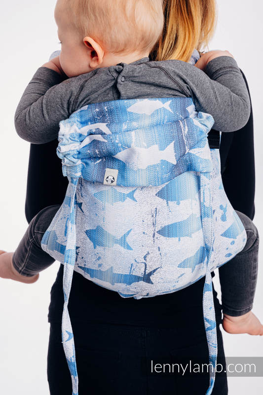 Lenny Buckle Onbuhimo baby carrier, toddler size, jacquard weave (100% cotton) - FISH'KA BIG BLUE REVERSE  #babywearing