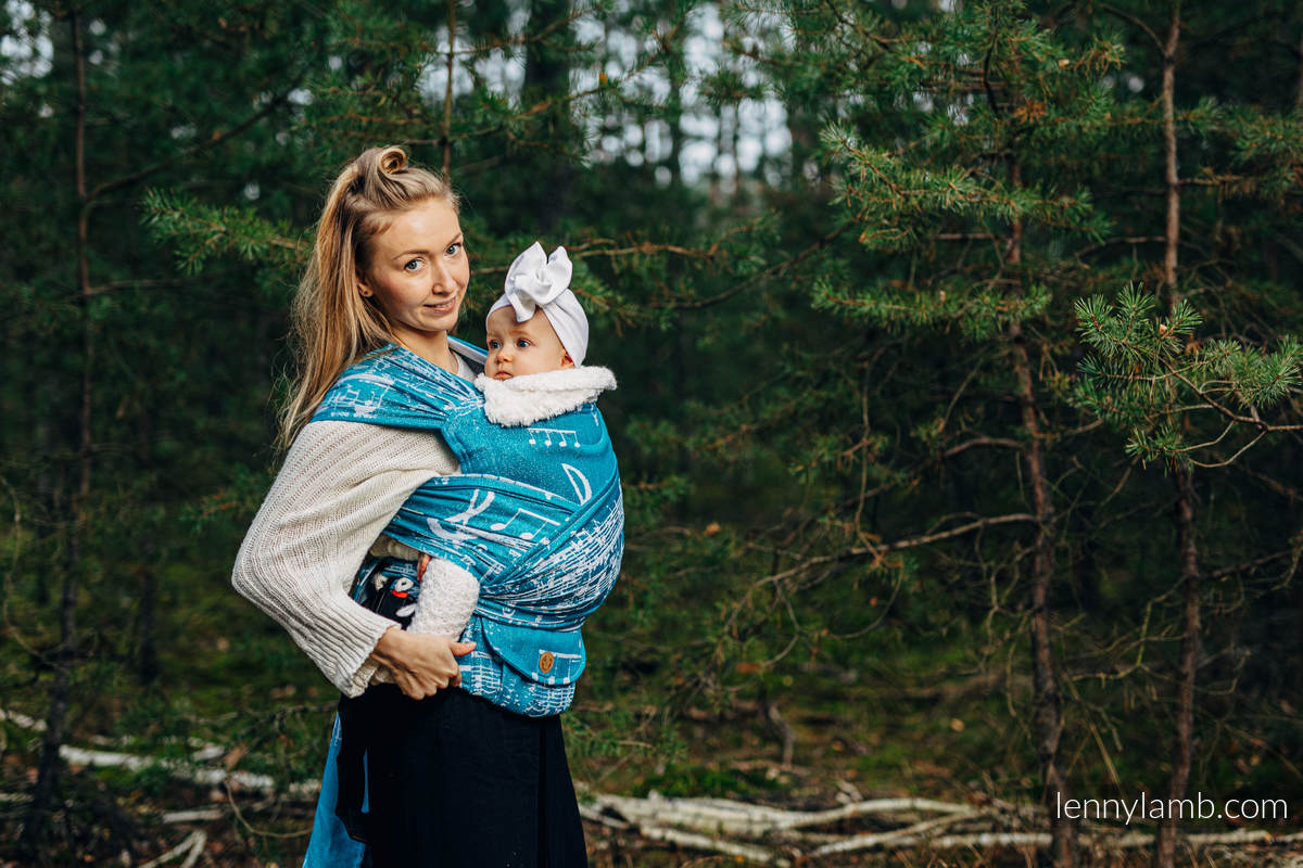 LennyHybrid Half Buckle Tragehilfe, Größe Standard, Jacquardwebung, (51% Baumwolle, 30% Merinowolle, 10% Seide, 5% Kaschmir, 4% Metallisiertes Garn) - SYMPHONY  - ICY  #babywearing