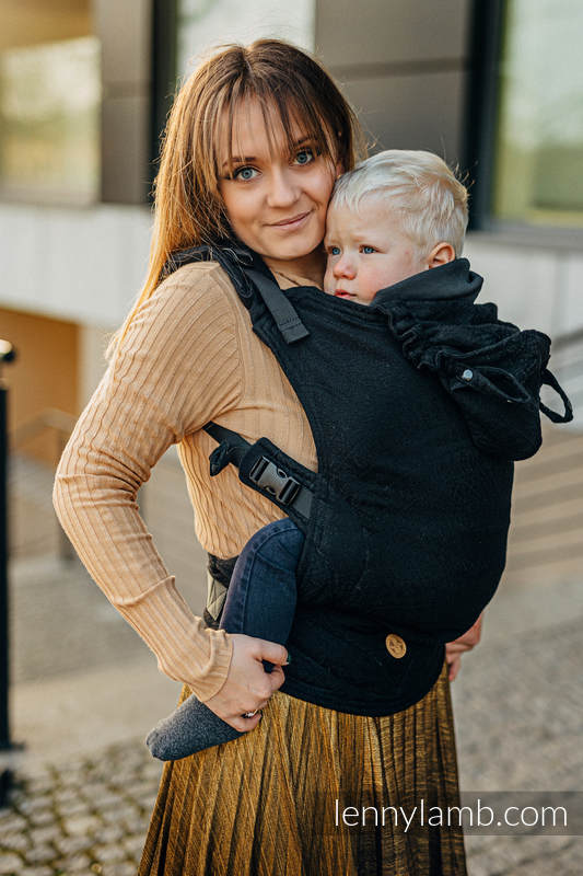 LennyGo Ergonomic Carrier, Baby Size, jacquard weave (59% cotton, 41% Merino wool) - PEACOCK'S TAIL - PITCH BLACK #babywearing