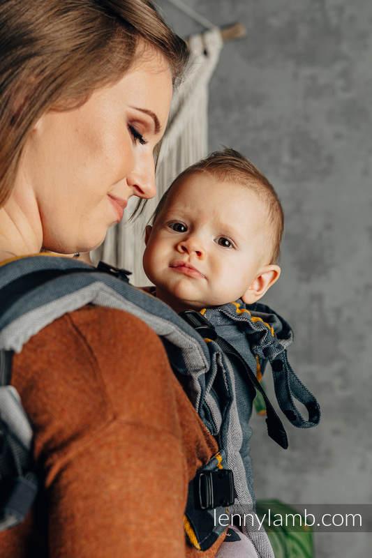 LennyGo Ergonomic Carrier, Baby Size, broken-twill weave 100% cotton - SMOKY - HONEY #babywearing