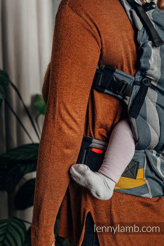 LennyUpGrade Carrier, Standard Size, broken-twill weave 100% cotton - SMOKY - HONEY #babywearing