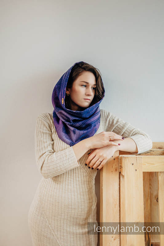 Snood Scarf (Outer fabric - 65% cotton 25% linen 10% tussah silk; Lining - 100% cotton) - SPACE LACE & SUGILITE #babywearing