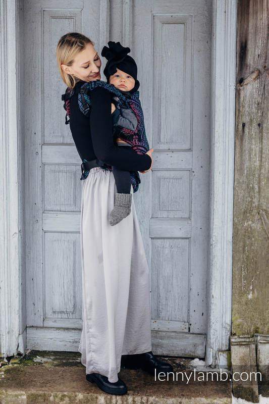 Mochila LennyUpGrade, talla estándar, tejido jaquard (60% algodón, 28% lana merino, 8% seda, 4% cachemir) - conversión de fular PEACOCK'S TAIL - BLACK OPAL #babywearing