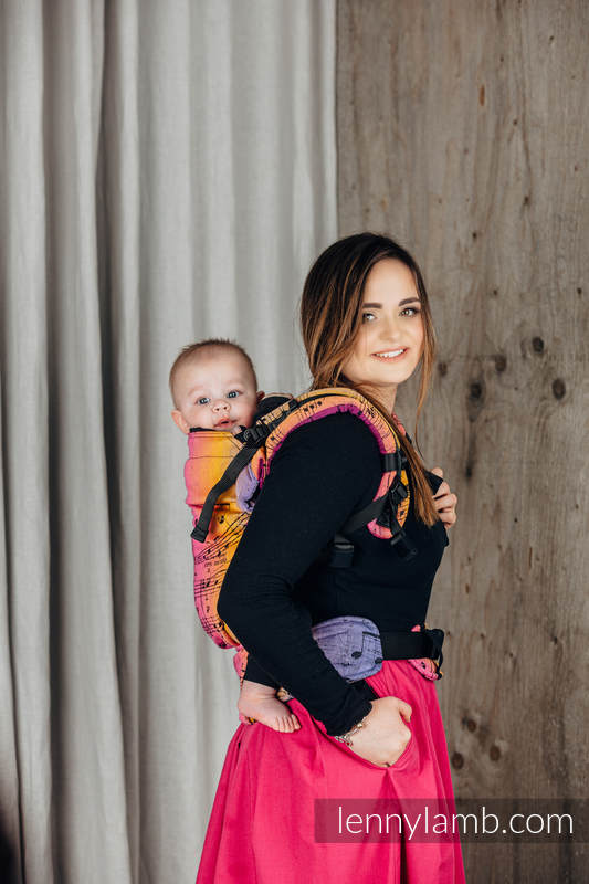 LennyUpGrade Carrier, Standard Size, jacquard weave 100% cotton - SYMPHONY - FRIENDS  #babywearing