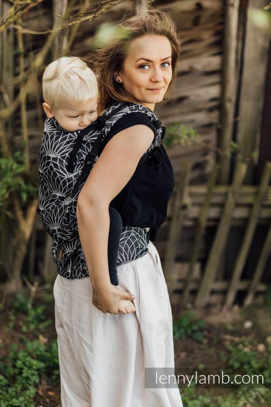 LennyPreschool Carrier, Preschool Size, jacquard weave 100% linen - LOTUS - BLACK  #babywearing