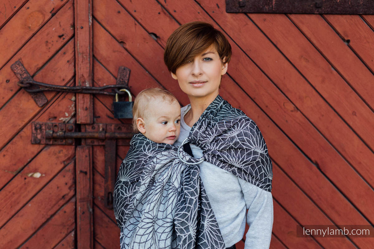 Ringsling, Jacquard Weave, with gathered shoulder (100% linen) - LOTUS - BLACK - standard 1.8m #babywearing