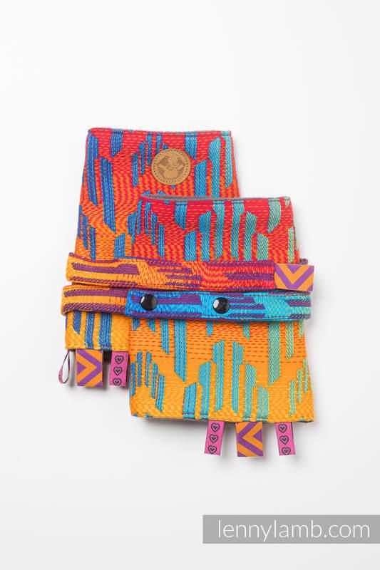 Drool Pads & Reach Straps Set, (60% cotton, 40% polyester) - RAINBOW CHEVRON  #babywearing
