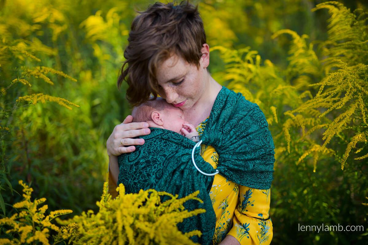 Ringsling, Jacquard Weave, with gathered shoulder (51% cotton 49% silk) - WILD VINE - IVY - standard 1.8m #babywearing