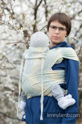 WRAP-TAI Tragehilfe Toddler mit Kapuze/ Jacquardwebung / 100% Baumwolle / LITTLE LOVE GOLDEN TULIP