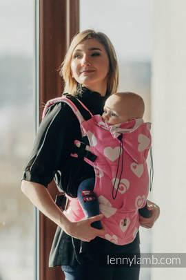Nosidełko Ergonomiczne z tkaniny żakardowej 100% bawełna , Toddler Size, SERDUSZKA RÓŻ z KREMEM 2.0 - Druga Generacja